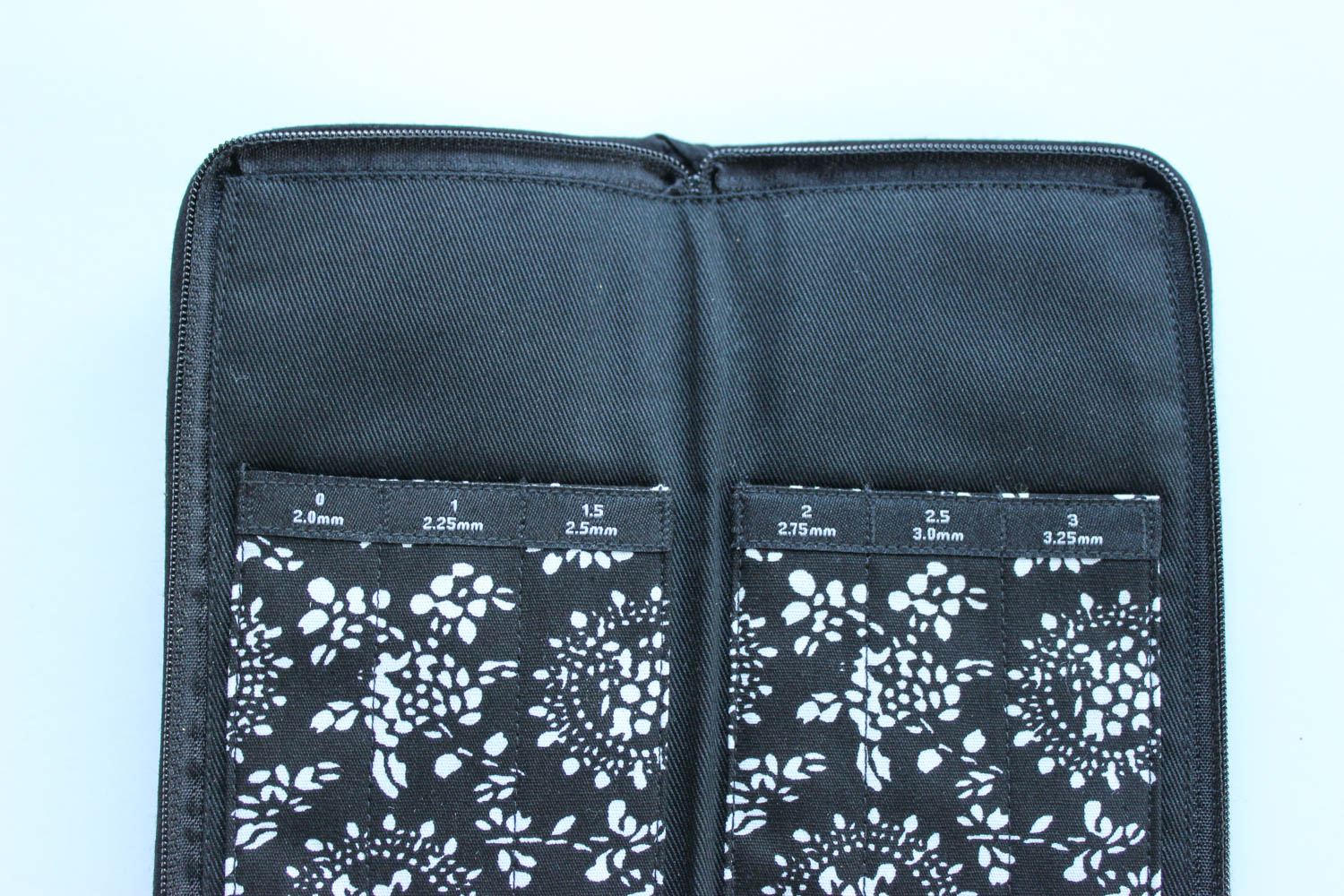 Home > Needle Storage > ChiaoGoo DPN or Crochet Hook Case