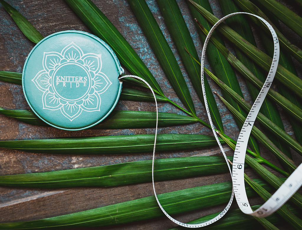 Knitters Pride Mindful The Teal Retractable Tape Measure