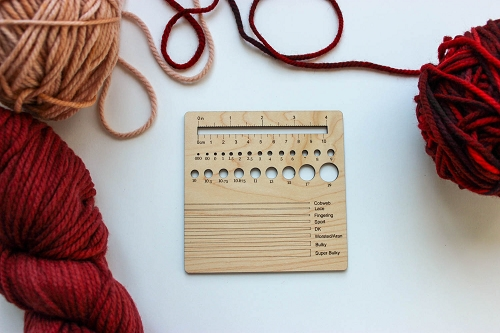 Knitting Swatch-Gauge 4 inch (Maple)
